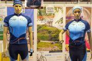 La tenue cyclo officielle de la SF2018 en vente sur le stand de la COSFIC